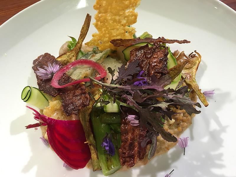 Recette du Risotto de petit épeautre aux légumes de saisons, chips de lard