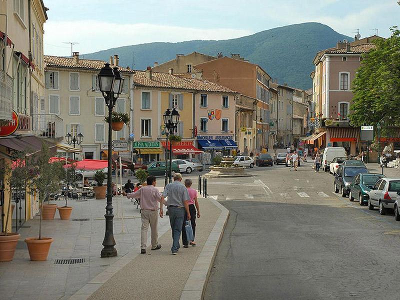 Dieulefit, magnifique village en Drôme provençale