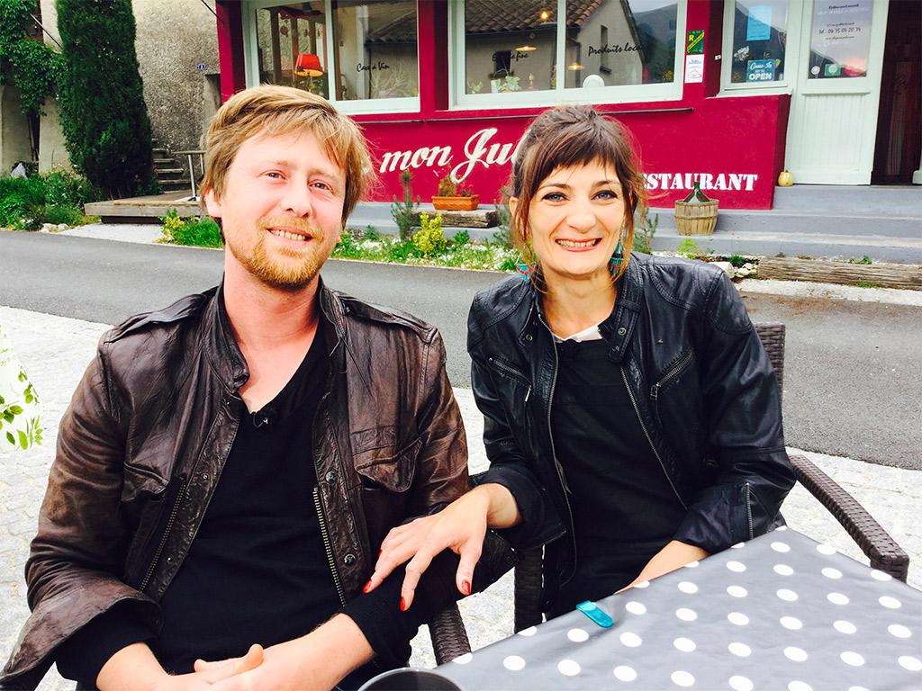 Les patrons du restaurant Chez Mon Jules en Drôme provençale