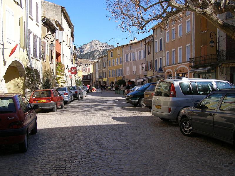 Vielle ville de Buis-les-Baronnies en Drôme provençale